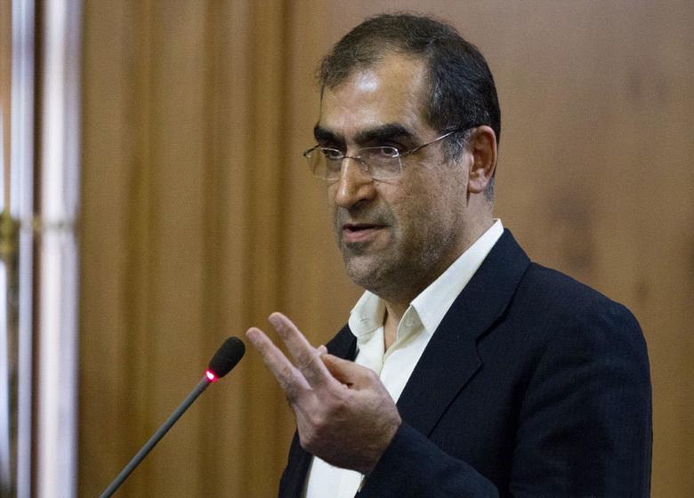 قاضیزاده هاشمی به نمایندگان در جلسه علنی مجلس پاسخ میدهد