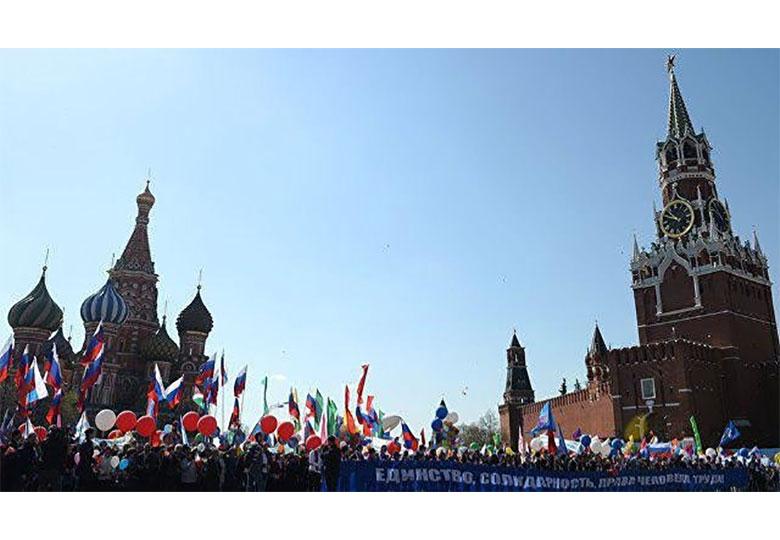 نیمی از روسها علاقهای به جشن روز جهانی کارگر ندارند!