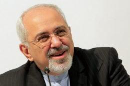 ظریف وارد آتن شد/ شرکت در اجلاس ۱۰ تمدن کهن جهان و رایزنی با مقامات یونان