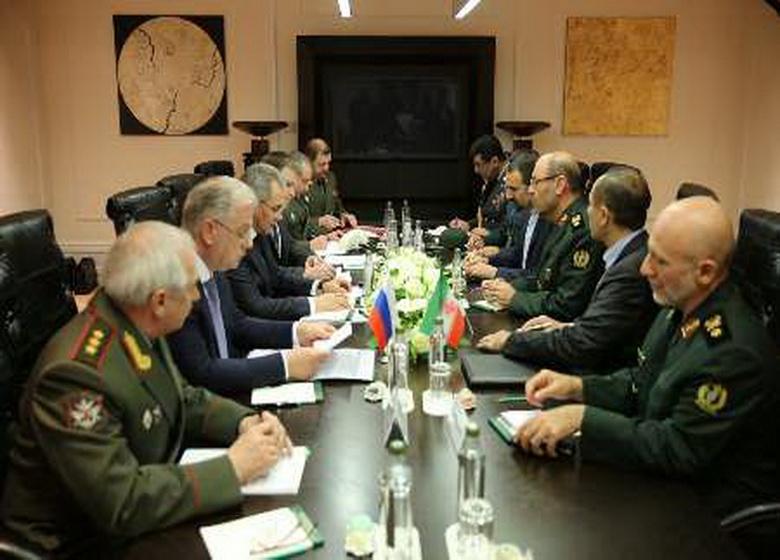 وزیران دفاع ایران و روسیه بر حفظ حاکمیت ملی و یکپارچگی سوریه تاکید کردند