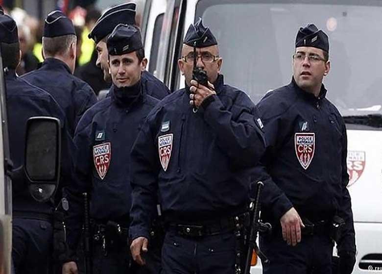 تسلیم شدن فرد مظنون به تیراندازی پاریس در بلژیک