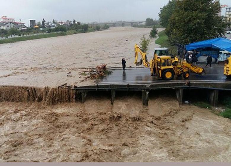 آخرین گامها برای عادی شدن شرایط برق در استانهای سیل زده