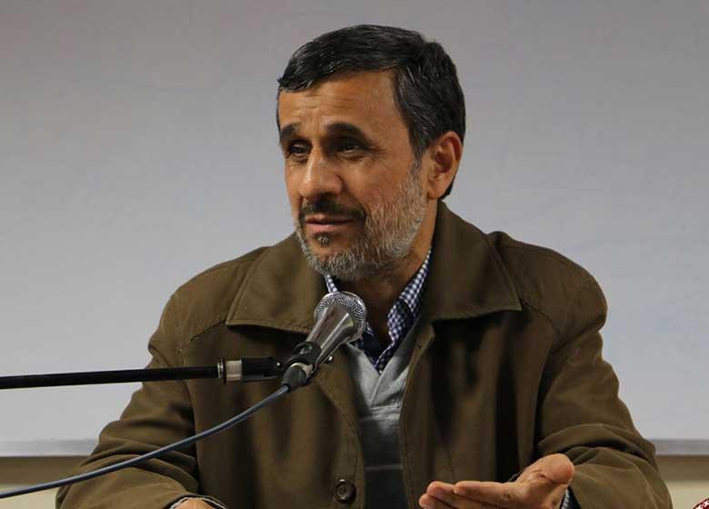 واکنش عجیب احمدینژاد درباره دیدارش با رهبری قبل از کاندیداتوری/ اوباما تا روز آخر دولتم نامه میداد