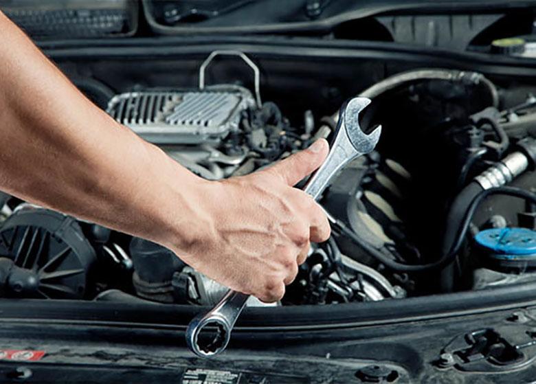 تعمیر خودرو در دوره گارانتی رایگان است