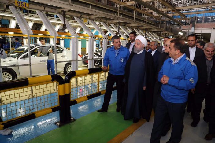 رویترز: حضور خودروهای فرانسوی در انتخابات ایران