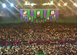 همایش حامیان روحانی در ورزشگاه ۱۲ هزار نفری آزادی + تصاویر