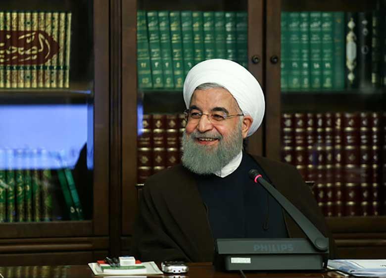 روحانی: مردم به کسانی که میخواستند کشور را به گذشته بازگردانند نه گفتند/ رییس جمهور تک تک ملت ایران هستم حتی مخالفان سیاستهایم