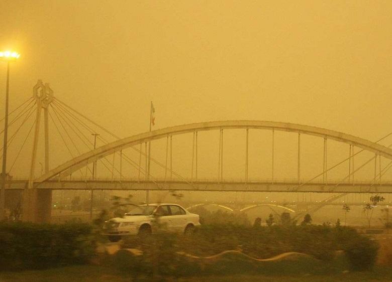 مردم خوزستان چه زمانی «نفس» خواهند کشید؟ / ریزگردهایی که «هوا» را از مردم گرفته است / سه مطالبه اصلی مردم خوزستان از دولت دوازدهم