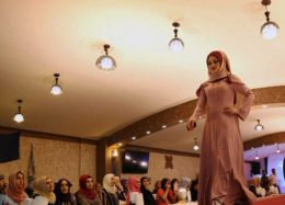شوی لباس زنان محجبه در اربیل