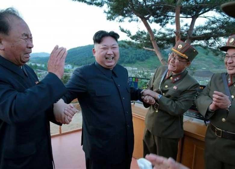 رهبر کره شمالی آزمایش یک سلاح ضدهوایی جدید را هدایت کرد