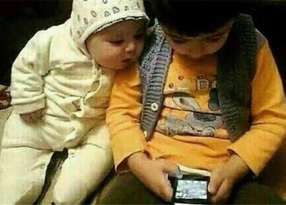 استفاده بیش از ۶ ساعت از تلفن همراه در هفته نشانه اعتیاد است