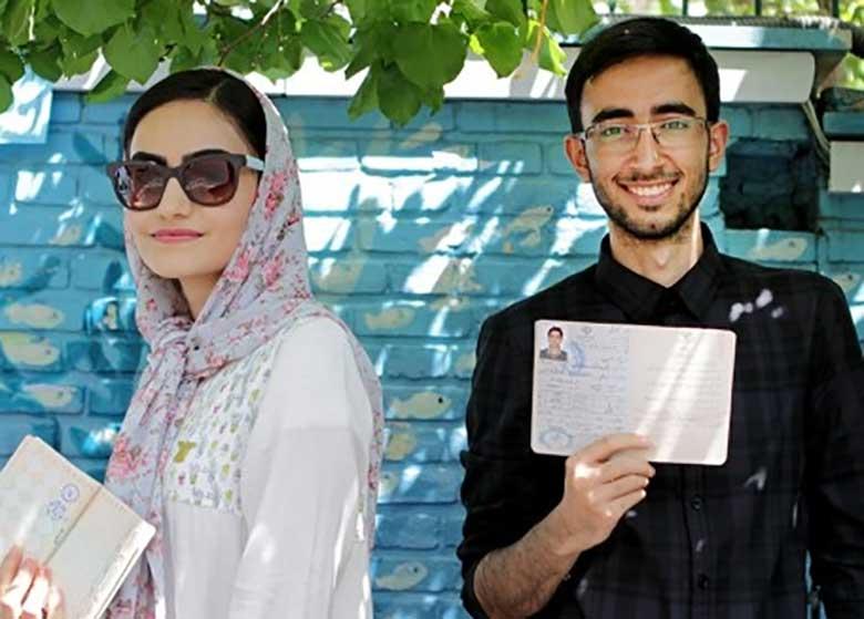 گاردین: جوان های ایران اعلام کردند نمی خواهیم به عقب برگردیم!