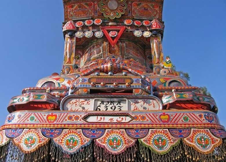 هر کامیون پاکستانی یک بوم نقاشی بینظیر/ هنر پاکستانی، برند جهانی
