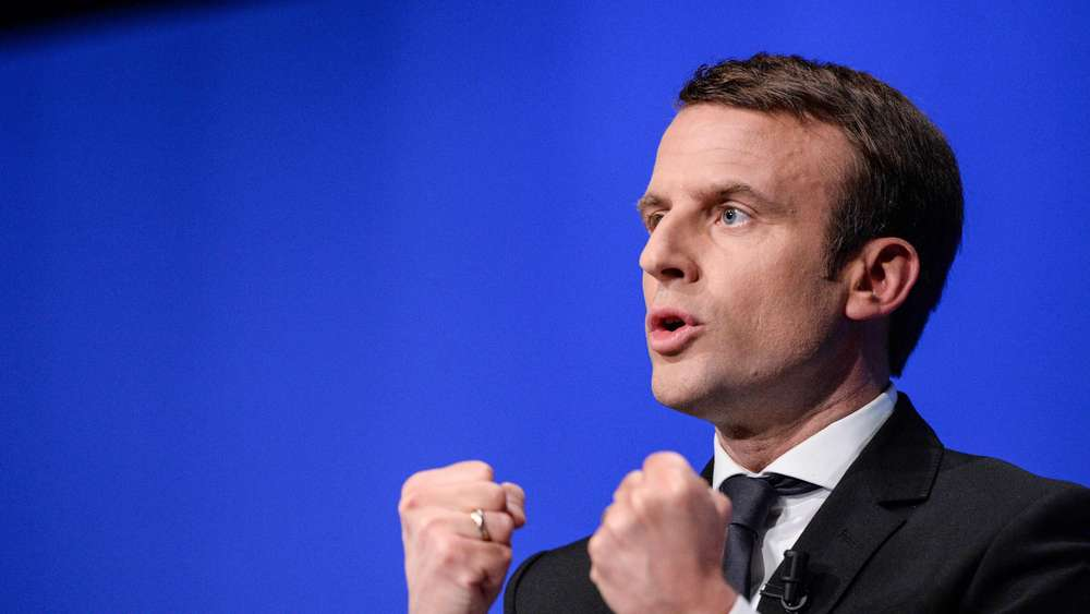 مکرون، پیشتاز نظرسنجیهای انتخابات فرانسه