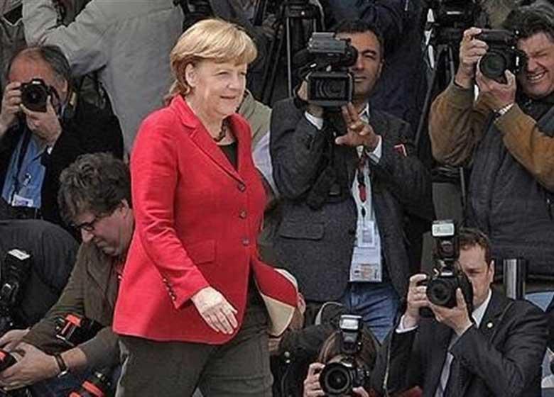 """پیشتازی """"مرکل"""" در رقابت بر سر صدر اعظمی مجدد آلمان"""
