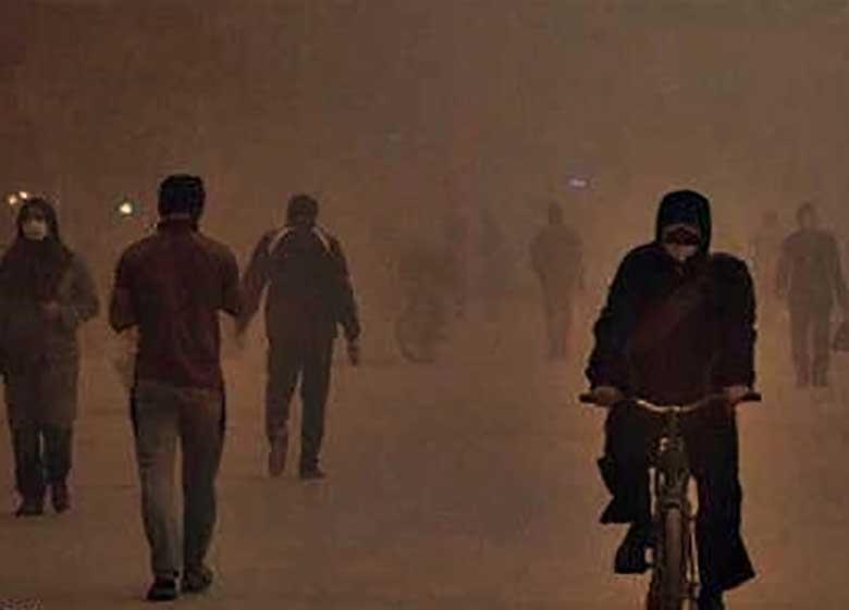 گرد و غبار در غرب کشور