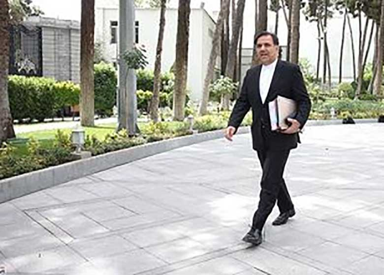 چرخش نرم آقای وزیر / نیم نگاه عباس آخوندی به شهرداری تهران