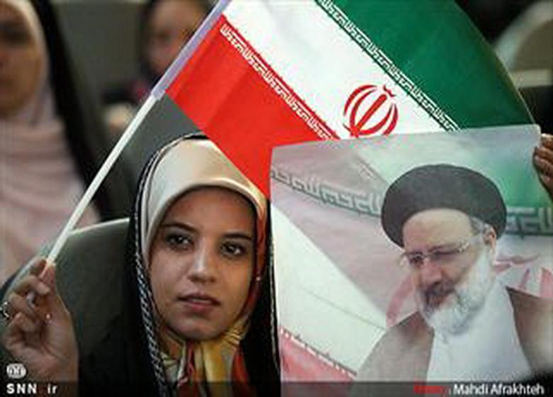 اوضاع کشور نیازمند تغییر اساسی است/ حجت الاسلام رئیسی برنامه منسجم معیشتی دارد