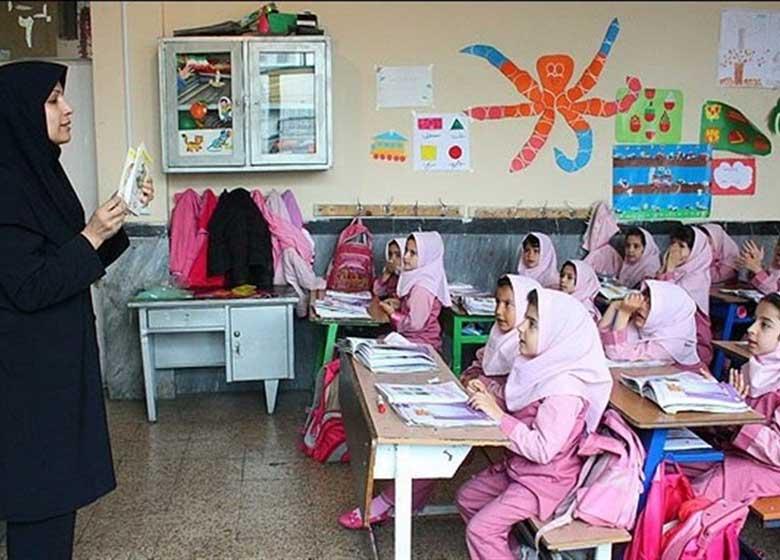 مدارس روز شنبه ۱۳ خرداد تعطیل نیستند
