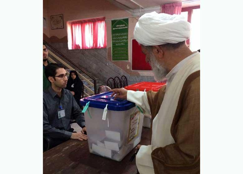 آیت الله امجد: مردم وقتی رای می دهند، باید نظارت داشته باشند