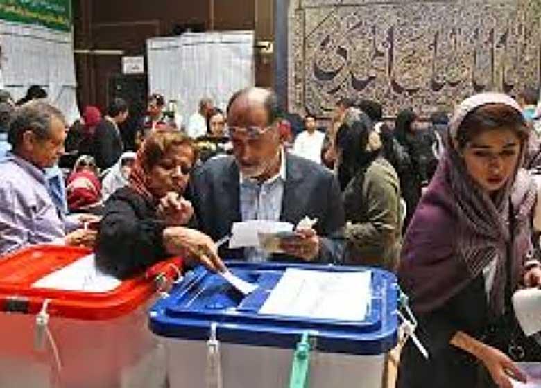 واکنشهایی که مردم در شبکههای اجتماعی از انتخابات داشتند/ چرا اینهمه جمعیت در حسینیه ارشاد رای دادند؟