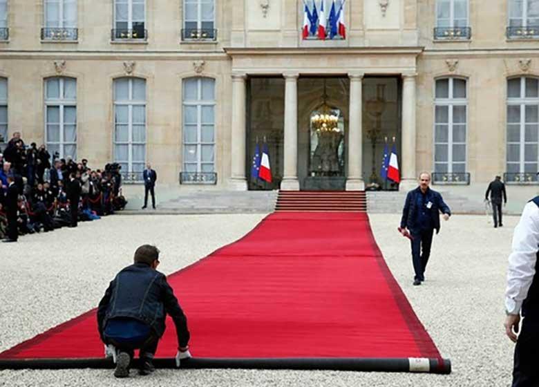 الیزه پذیرای جوانترین رئیس جمهور فرانسه