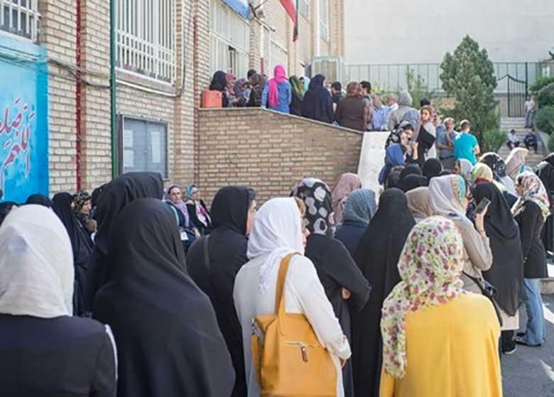 حضور ایرانیها پای صندوقهای رای گسترده بوده است/ انتخابات امروز، نوعی رفراندوم درباره برجام است