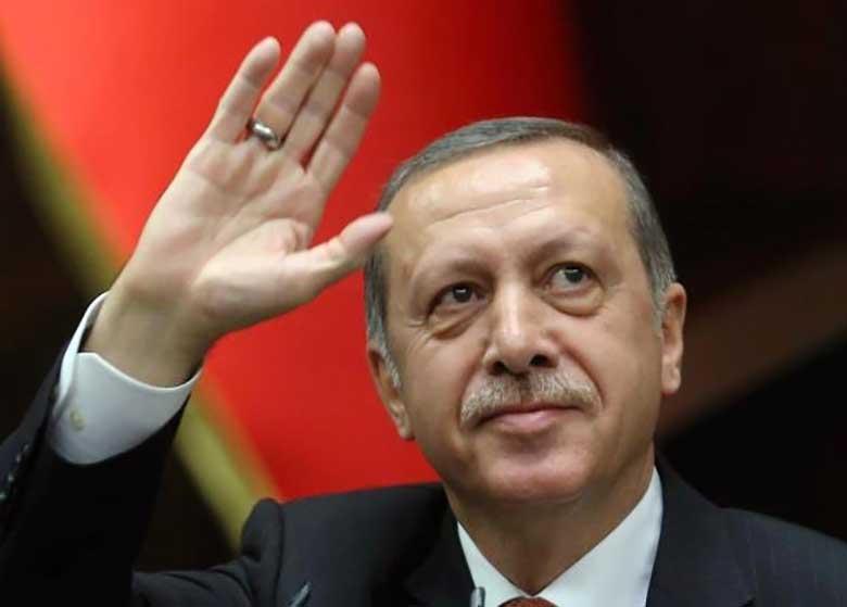 اردوغان با ماکرون تلفنی گفتگو کرد