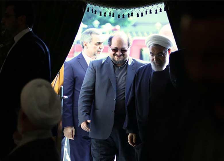 نامه شریعتمداری به روسای ستاد روحانی درباره برگزاری جشن پیروزی و اعلام نتیجه رسمی