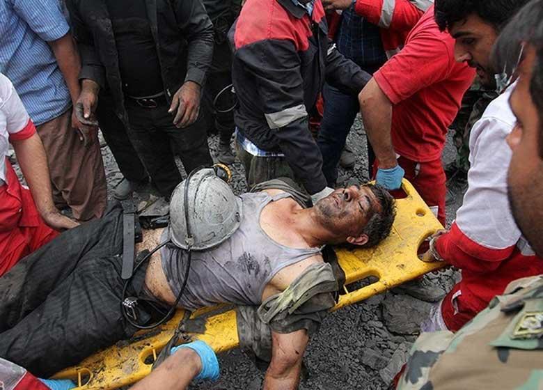 ۳۵ معدنچی جان باختند؛ خروج ۲۲ جسد از معدن/ اعلام ۳ روز عزای عمومی در گلستان
