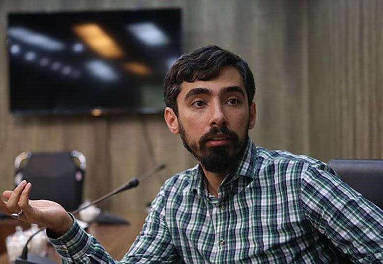 تأکید رهبر انقلاب بر ورود مرکز اسناد در عرصه های مختلف فرهنگی