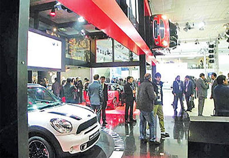 بزرگان، غایب نمایشگاه خودروی هند