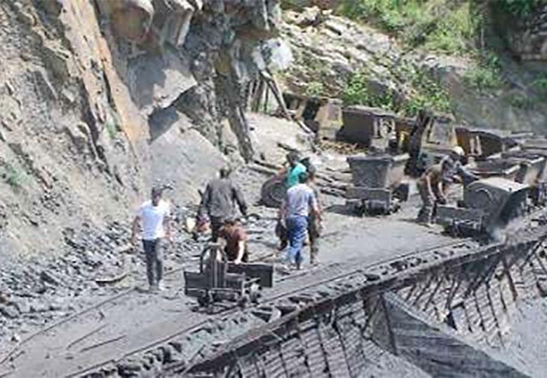 بانک ها به معادن زغالسنگ تسهیلات نمی دهند