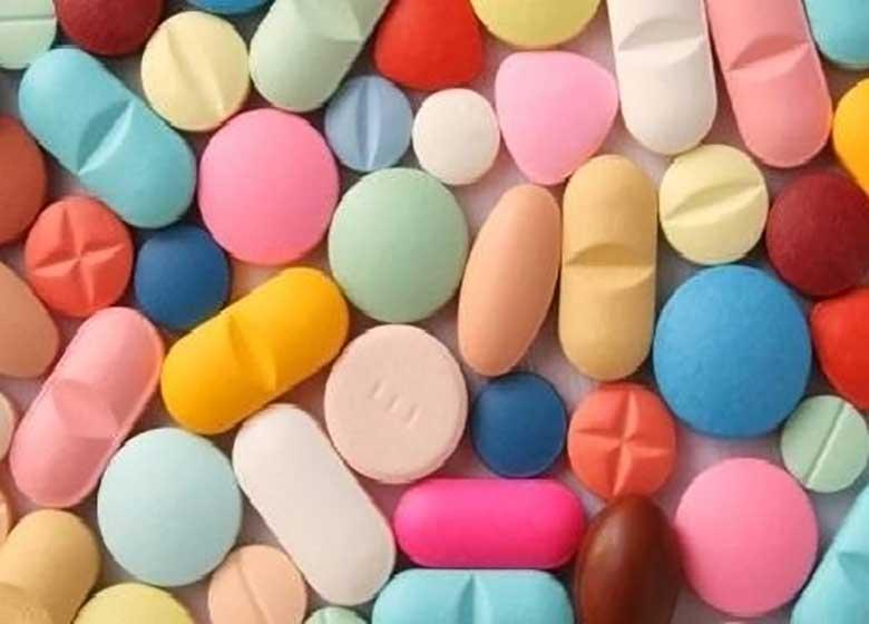 """چه """"داروهایی"""" را سحر و چه داروهایی را افطار بخوریم؟"""