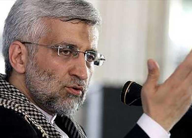 جلیلی : دولت با وعده های دروغین مردم را گمراه می کند