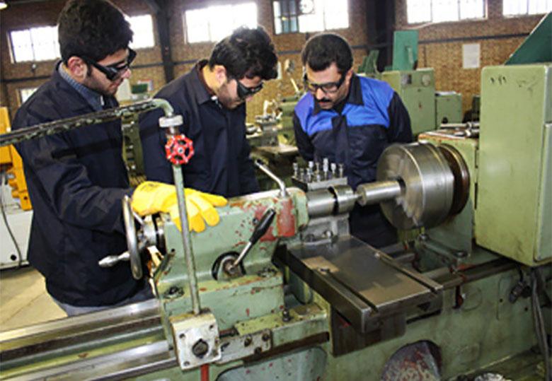 اقتصاد ایران نیروی کار ماهر میخواهد