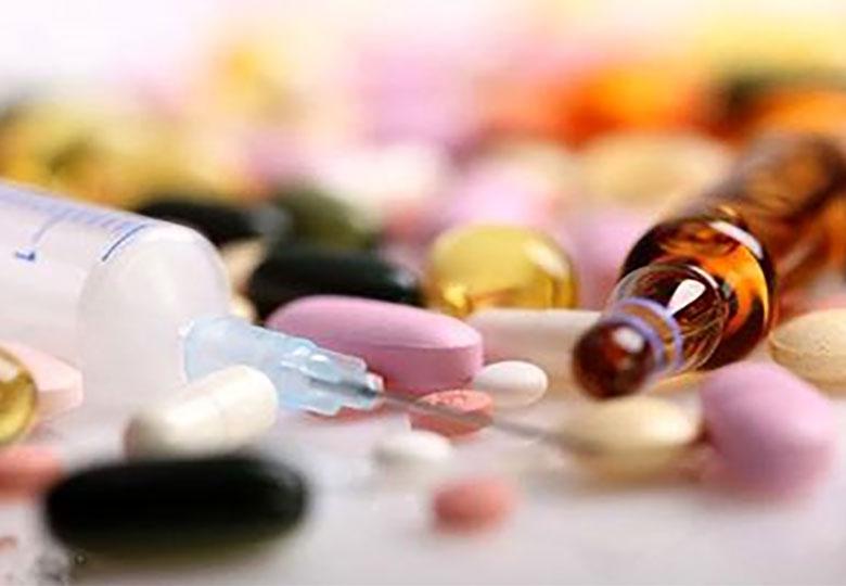 کاسبان تحریم و گرانی دارو
