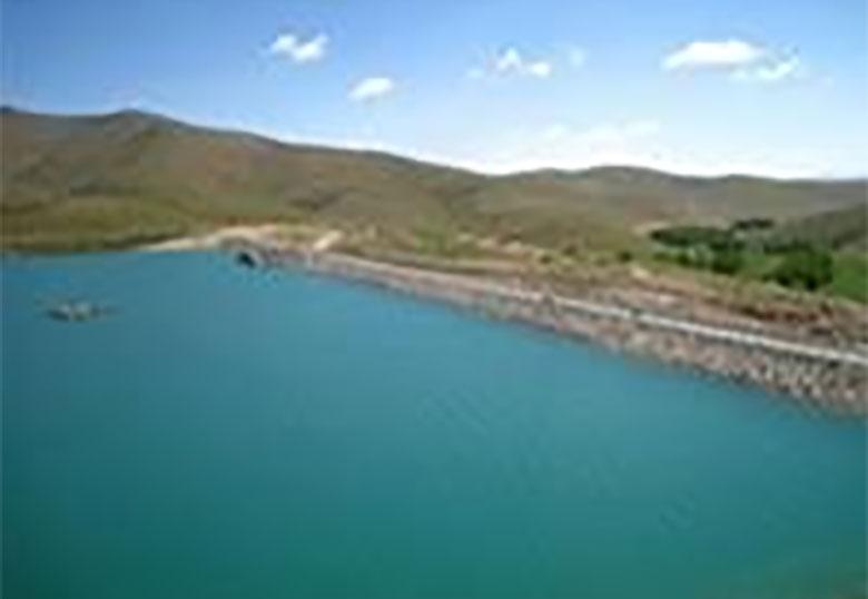 بیش از ۳۲ میلیارد مترمکعب آب پشت سدهای کشور ذخیره است