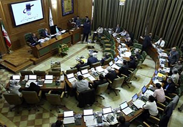 درگیری اصلاح طلبان و اصولگرایان شورای شهر در صحن علنی شورا