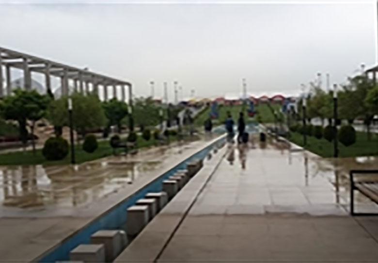 نمایشگاه کتاب در دومین روز بارانی شروع شد