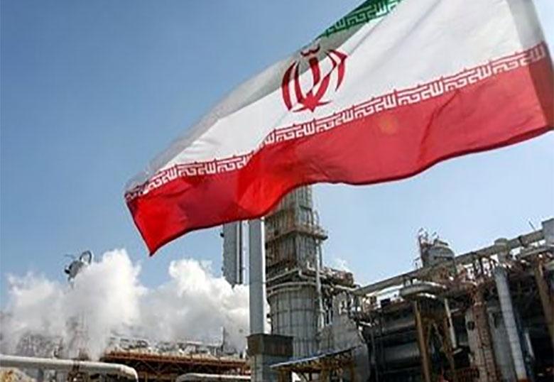 ایران توان تولید روزانه ۵ میلیون بشکه نفت دارد
