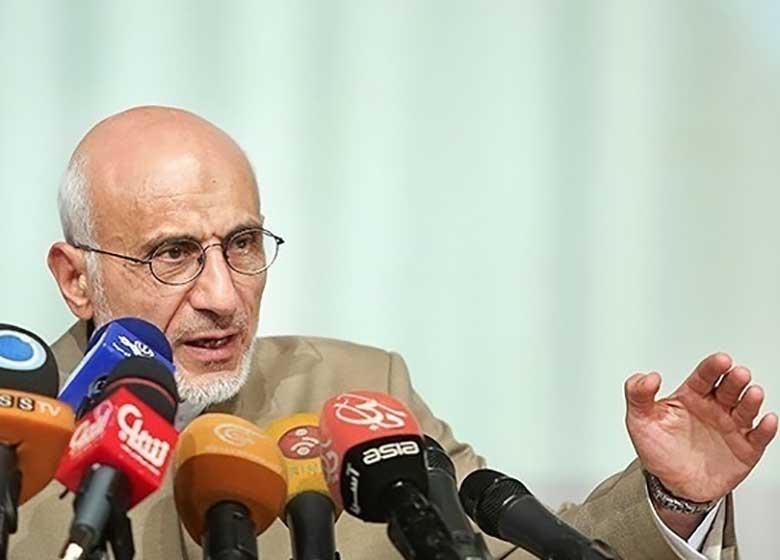 میرسلیم: کسی که عزیزش فتنهگر است شایستگی ریاست جمهوری ندارد / سراغ کسی نروید که ایادی وهابیت را محترم میشمارد / سراغ کسی نروید که برای رای گرفتن سراغ هنرمندی می رود که مکتب اسلام را به مسخره میگیرد