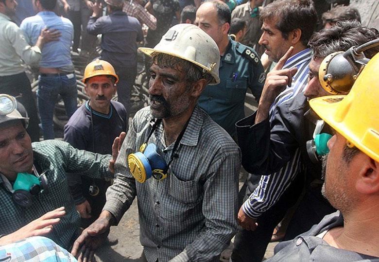 معدن کاران آزادشهر ۱۷ماه معوق حقوق داشتند و بیمه نبودند