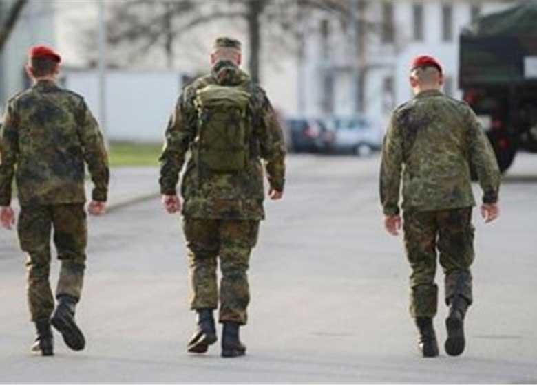 سیاستمداران بلند پایه آلمانی در لیست ترور افسر ارتش آلمان