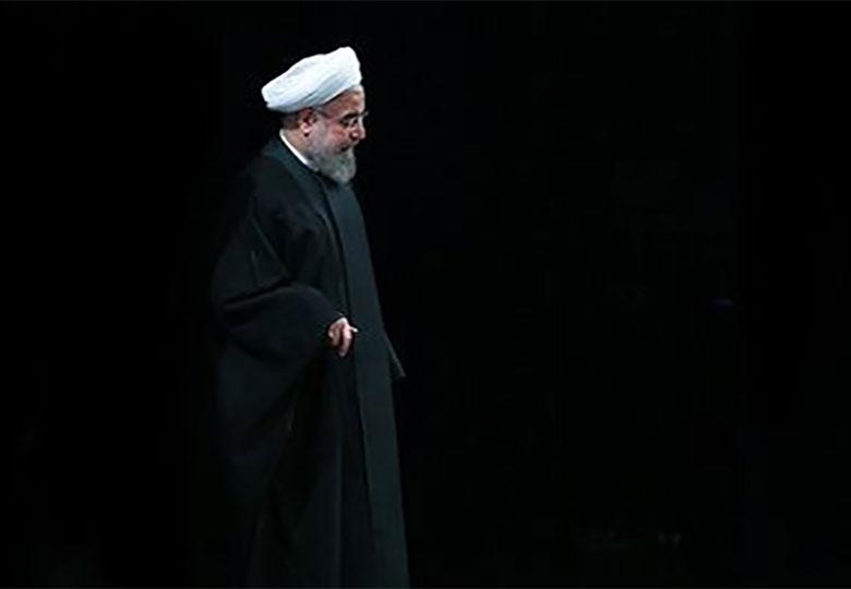 هشدار ۵۰ اقتصاددان برجسته ایرانی درباره عدم ادامه دولت روحانی