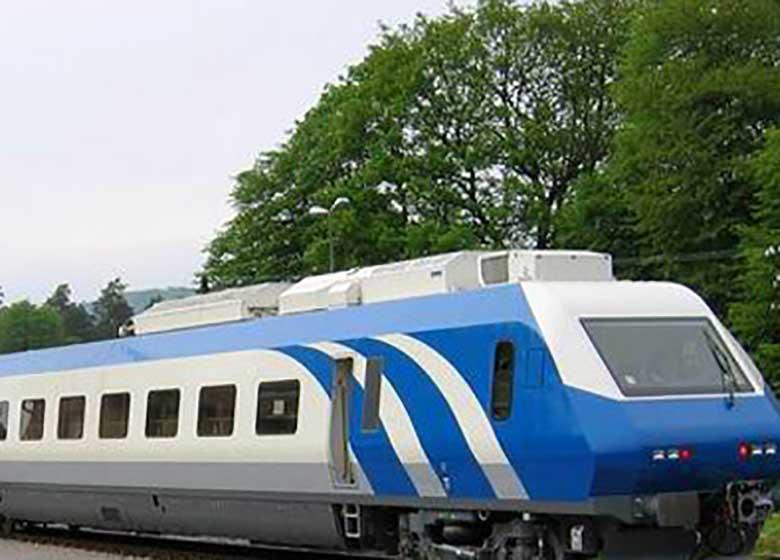 نوسازی ناوگان ریلی با اعتبارات روسیه/خط اعتباری ۵۰۰ میلیون دلاری از صندوق توسعه ملی برای راهآهن