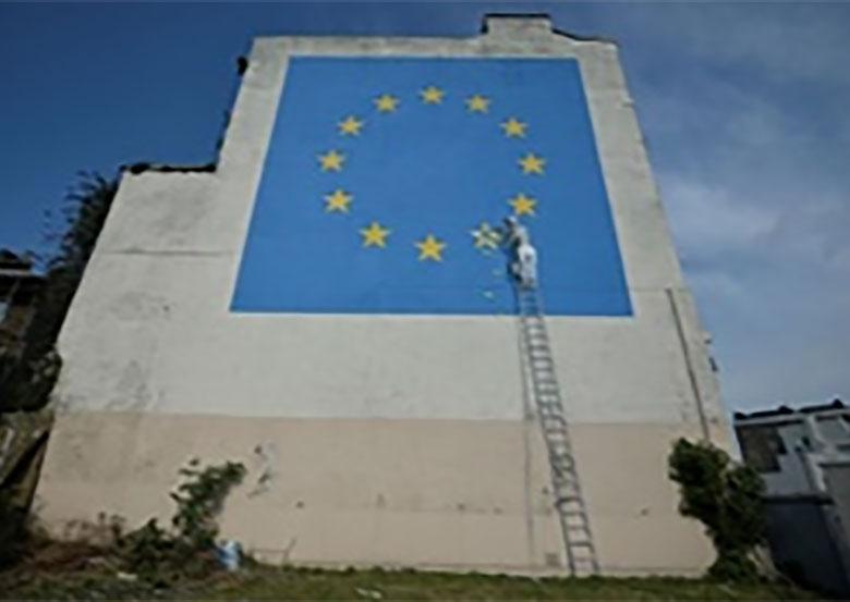 اعتراض بنکسی به خروج از اتحادیه اروپا با یک نقاشی دیواری بزرگ