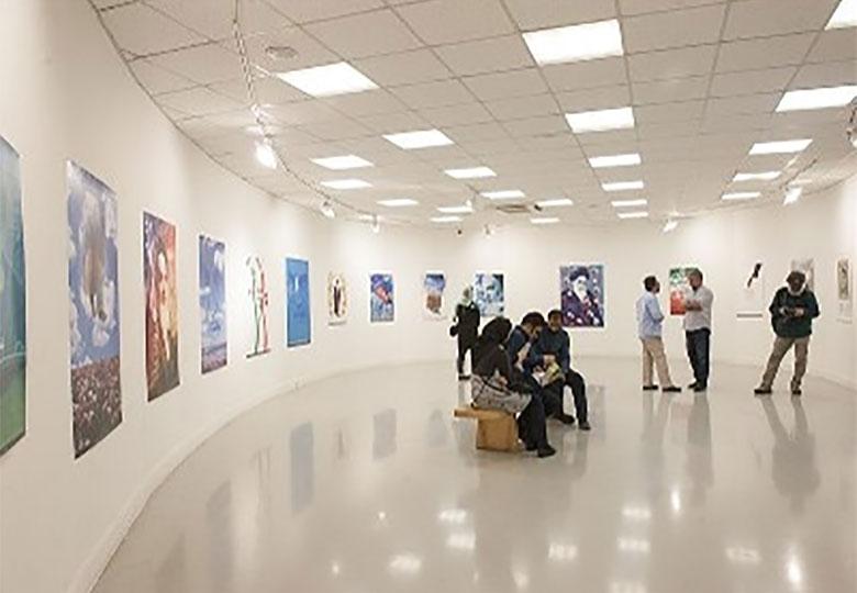 برپایی نمایشگاه طراحی پوستر «نشانی آفتاب» در خانه هنرمندان