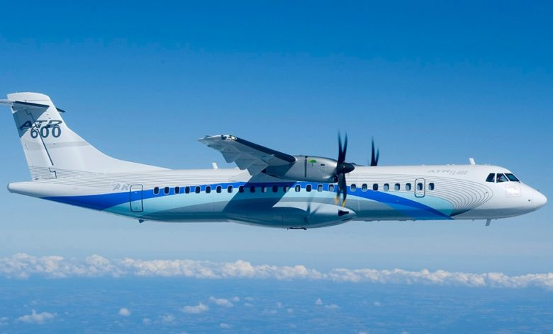 فردا چهار فروند هواپیمای ATR به طور همزمان به ایرانایر تحویل داده میشود/ منتقدان از صنعت هوانوردی اطلاعی ندارند