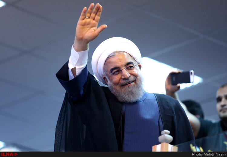 روحانی در زنجان: با اتوبوس مردم را جمع نکنید و در پادگان به آنها ناهار ندهید/صداوسیما گرفتار یک باند سیاسی شده است